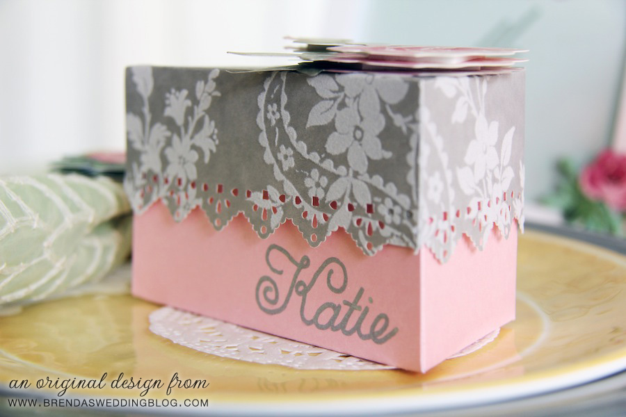 Wedding Cake Favor Box and Place Card In One | original design by www.brendasweddingblog.com