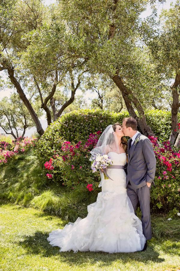 Beautiful Floral Garden for a Rustic Wedding   Photo by William Innes Photography   via www.brendasweddingblog.com