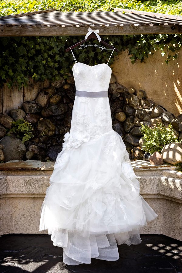 Rustic Wedding in California | Photo by William Innes Photography | via www.brendasweddingblog.com