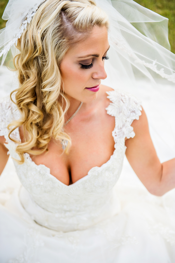 Love the Brides Makeup | photo by Ross Costanza Photography | as seen on www.brendasweddingblog.com
