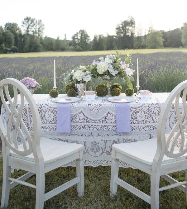 Pretty Bride and Groom Wedding Table | photo by Ashley Cook Photography | as seen on www.BrendasWeddingBlog.com