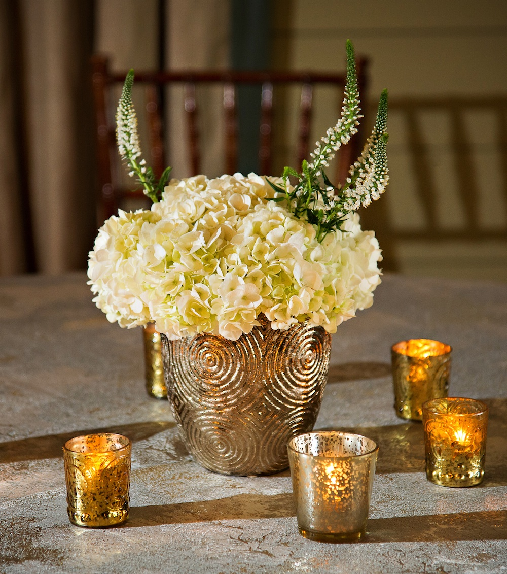 Residential Ballroom Wedding Style Centerpiece : a unique Wedding Theme for Outdoor Weddings | from Nicki Korman of Toast of the Coast
