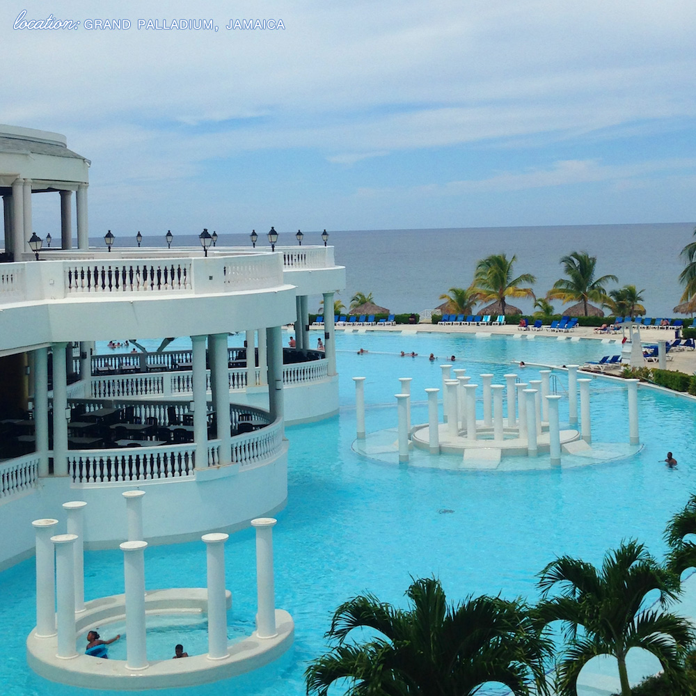 Destination Wedding and Honeymoon Location : Grand Palladium, Jamaica {wedding packages starting at $1050 for an intimate wedding experience for two} / See all the details on www.BrendasWeddingBlog.com