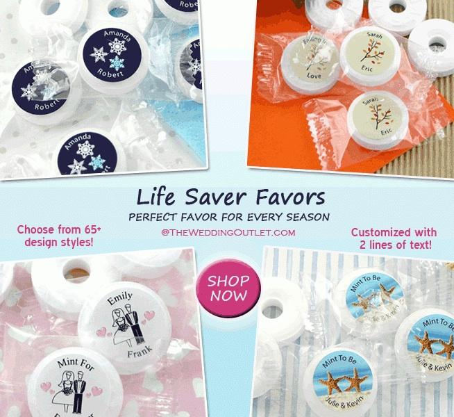 Life Saver Wedding Favors : the perfect favor for any season / as seen on www.brendasweddingblog.com