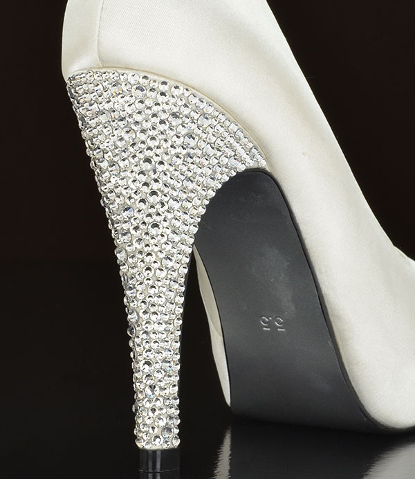 diamond-studded-wedding-shoe-heel.jpg