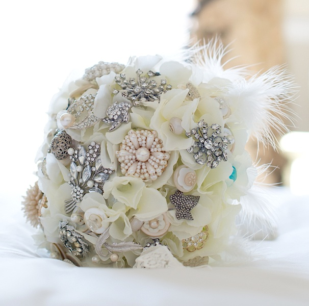 Handmade Bridal Wedding Brooch Bouquet {made by the mother of the bride} | photo by Tracey Ann Photography / as seen on www.BrendasWeddingBlog.com