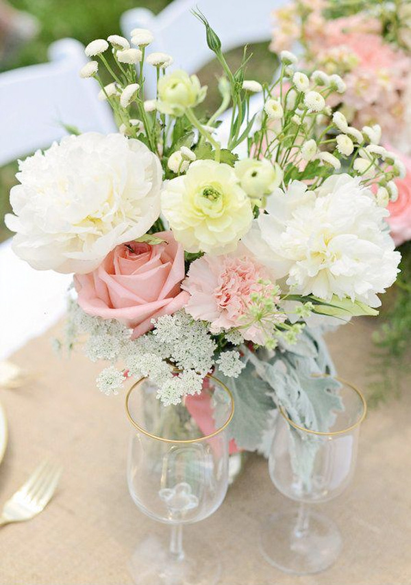 Simple Pastel Wedding Centerpiece by Maribel of Eight Tree Street Floral Design | Photo by Ali Mclaughlin Photography / as seen on www.BrendasWeddingBlog.com