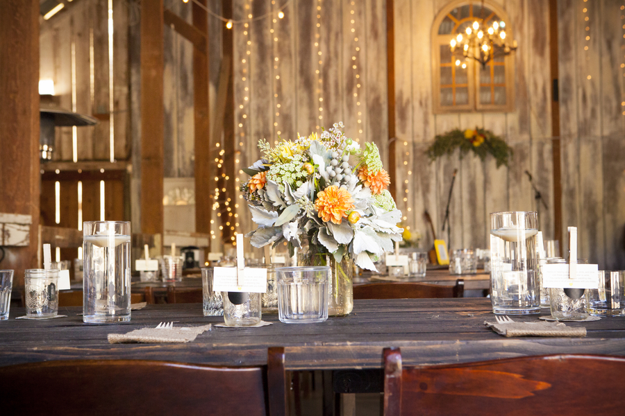 DIY Barn Wedding - pretty tablesetting / photo by Town Country Studios / as seen on www.BrendasWeddingBlog.com