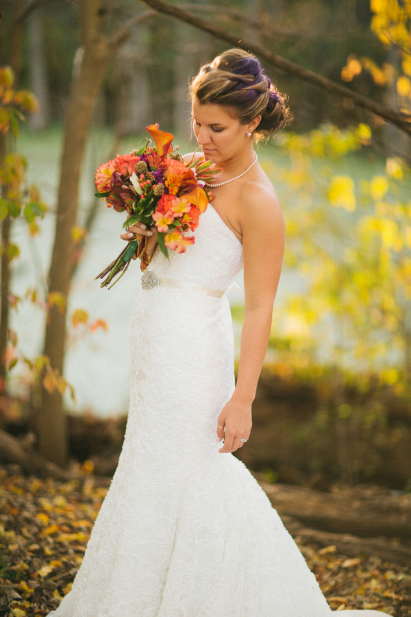 Gorgeous Bridal Portrait with an Orange Fall Wedding Bouquet / photo by Morgan Lindsay Photography / as seen on www.BrendasWeddingBlog.com