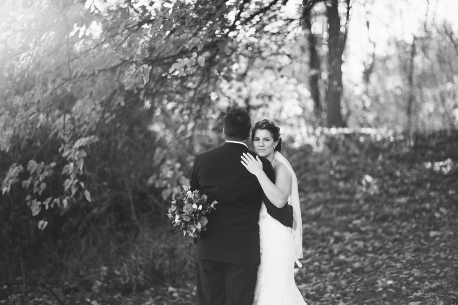 Black and White Bride and Groom Portrait from their Fall Wedding / photo by Morgan Lindsay Photography / as seen on www.BrendasWeddingBlog.com