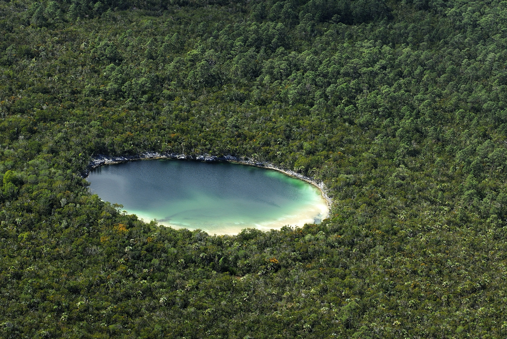 Andros Bahamas - a tranquil honeymoon getaway destination / as seen on www.BrendasWeddingBlog.com