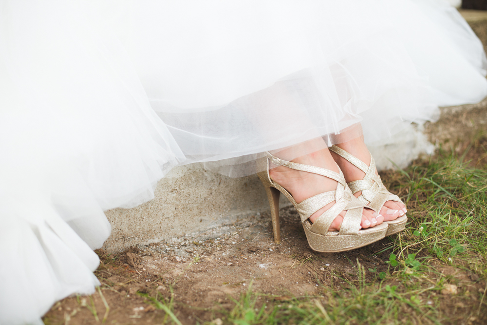 LOVE the Gold Wedding Shoes in this Peony Inspired Bridal Shoot / photo by Allison Hopperstad Photography / as seen on www.BrendasWeddingBlog.com