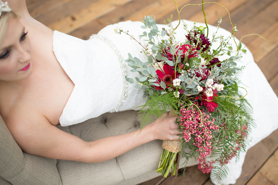 Organic Wedding Bouquet by Dream Design / photo by Ashley Cook Photography / as seen on www.BrendasWeddingBlog.com