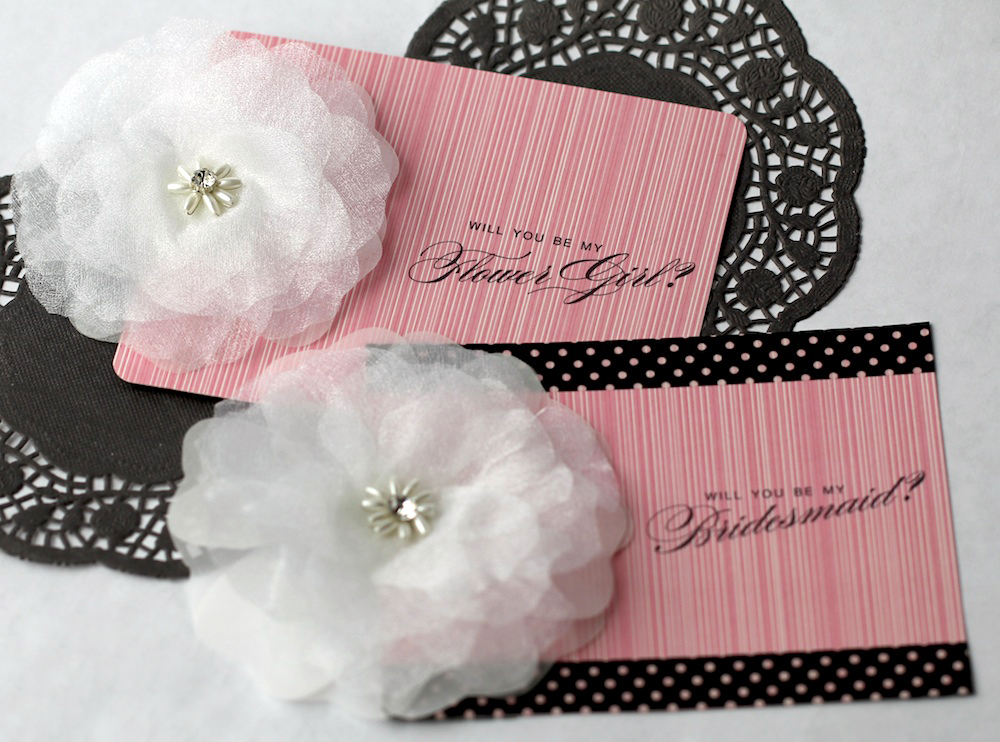 "Free ""Will You Be My Flower Girl"" Printable Cards Embellished with a Flower Clip from www.BrendasWeddingBlog.com"