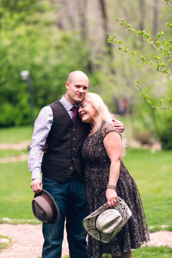 The Groom and his Mom Before his Colorado Wedding / photo by Annabelle Denmark Photography