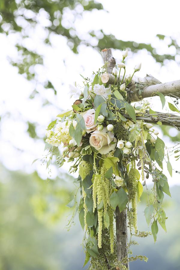 Mandy_Owens_Photography-061815-huppa-flowers.jpg