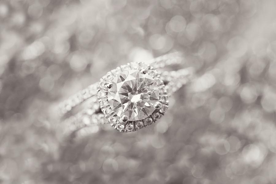 Mandy_Owens_Photography-061815-wedding-rings.jpg