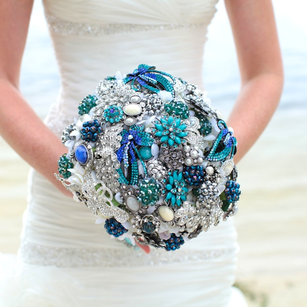 Stunning Blue and Teal Wedding Brooch Bouquet / photo by Tab McCausland Photography