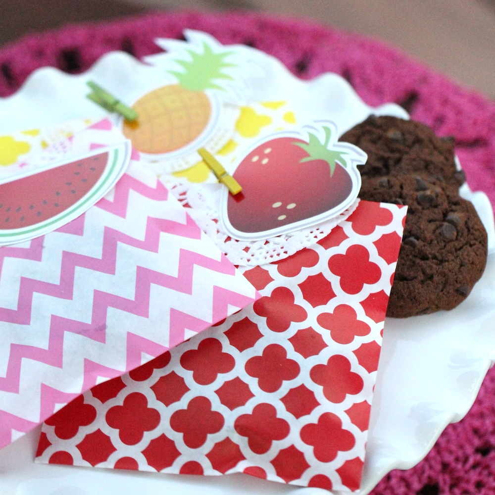 Surprise Your Party Guests with a Cookie Filled Goodie Bag as they Leave the Event