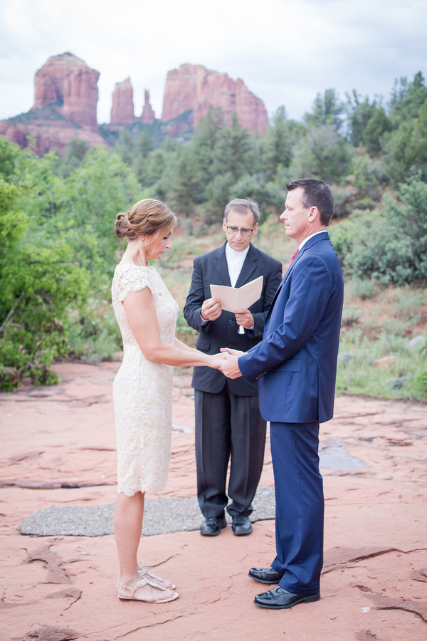 Hot Pink + Blue Arizona Elopement Wedding / photo by Love My Life Photography