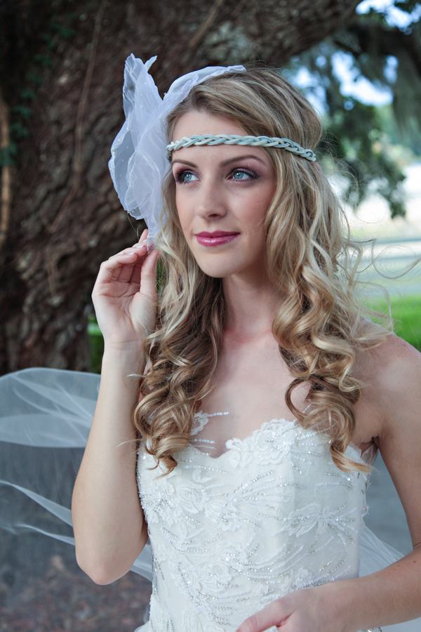 Romantic Inspired Wedding Shoot / Headpiece by Boldly Unique / photo by Tab McCausland Photography
