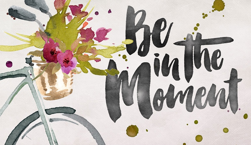 Be in the Moment - Smitten Hand Painted Typeface