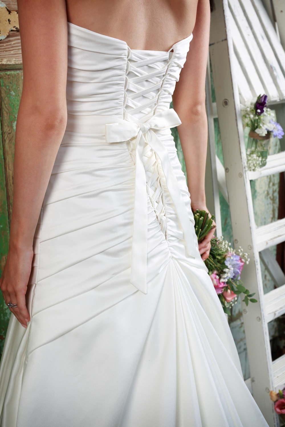 Amanda Wyatt Wedding Gown : Love - matte pleated satin that laces up to clinch in the pleats to gain the brides best shape