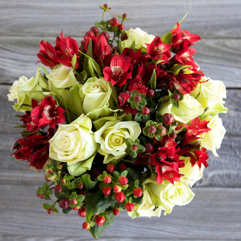 Celebrate the Holidays with Farm Fresh Flowers