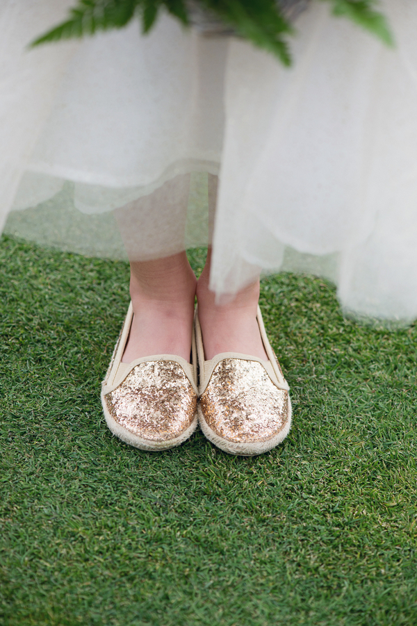 Gold Glittery Flower Girl Shoes / photo by Evelyn Alas Photography