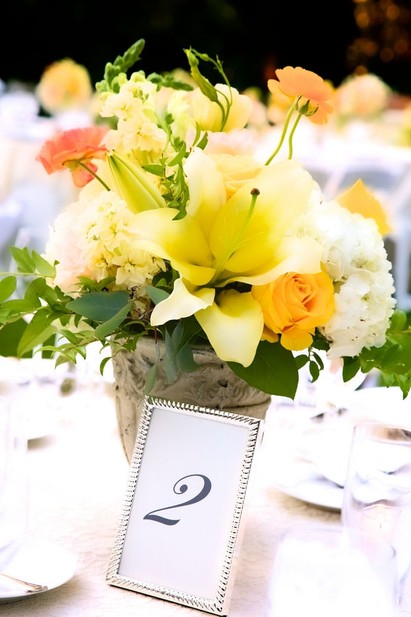 Botanical Garden Wedding Reception Table Flowers / photo by sun-dance photography