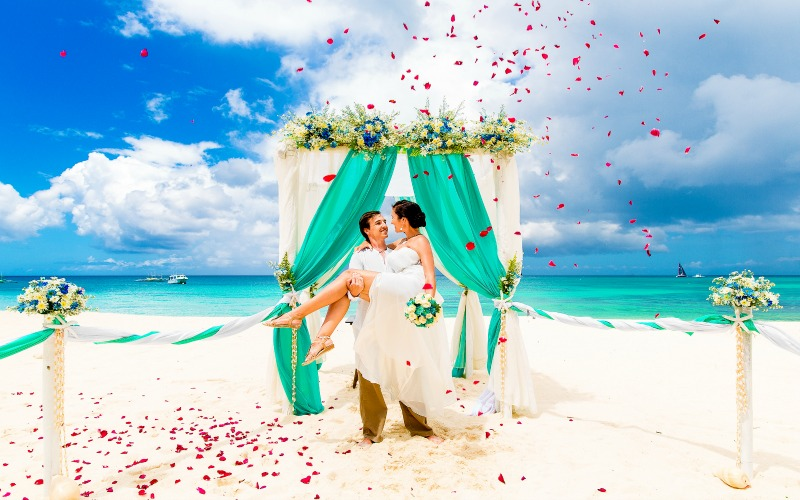Plan Your Dream Destination Wedding with a Personal Travel Agent at Doctor's Travel + Get the Best Prices and Advice