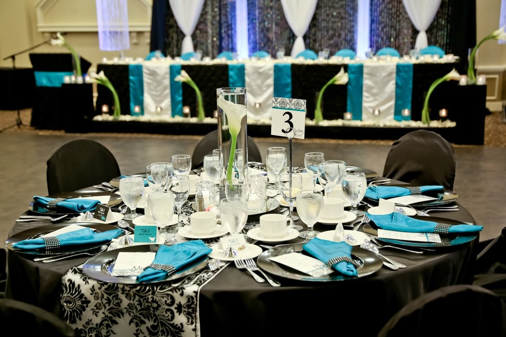 Blue and Black Canadian Real Wedding / Photo by Carrie Ekosky Photography — Wedding Designed by Madeline's Weddings & Events