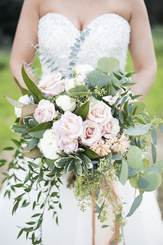 Gorgeous Cascading Wedding Bouquet / designed by Kara Nash Designs / photo by Kevyn Dixon Photo