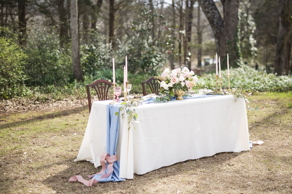 sleepy-hollow-styled-shoot-tablesetting-2.jpg