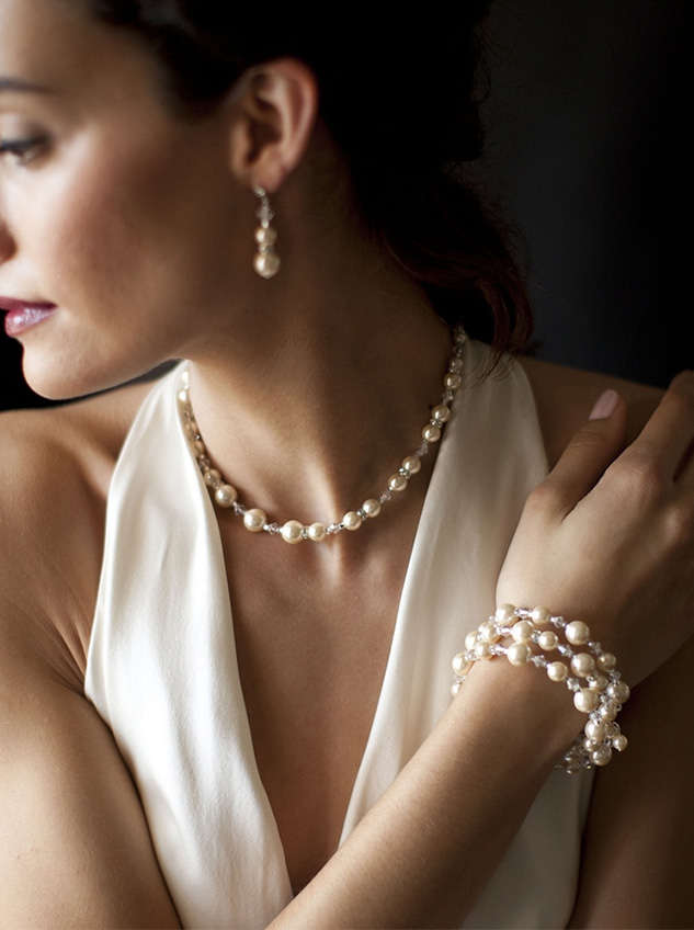 Adjustable Coil Pearl Wedding Bracelet - one of the 6 ways to add sparkle to your wedding day