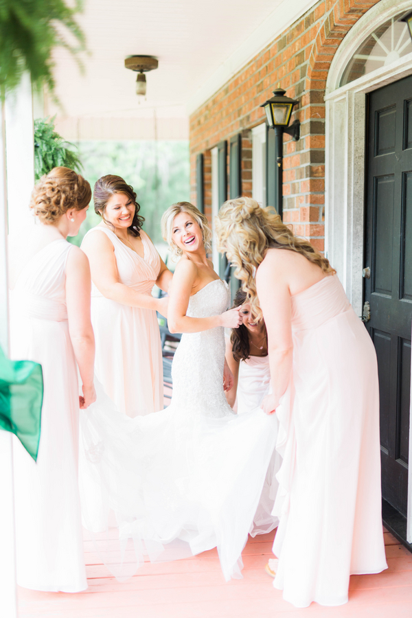 A Classic Southern Wedding on a Family Farm in South Carolina / photo by Hannah Ruth Photography LLC