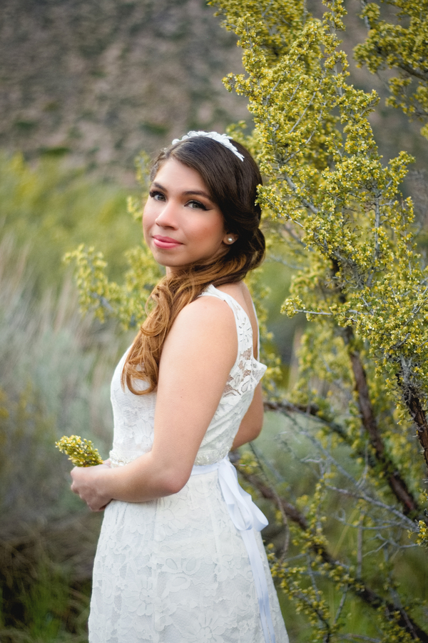 Eco-Friendly Styled Wedding Elopement in the California Mountains with a gorgeous lace wedding dress / photo by Autumn Noel Photography