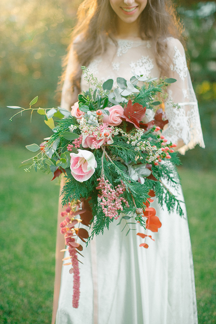 Gorgeous Boho Chic Wedding Bouquet with blush pink roses, white hyacinths and red eucalyptus leaves / florals by Studio 7 / photo by Anna Roussos Photography