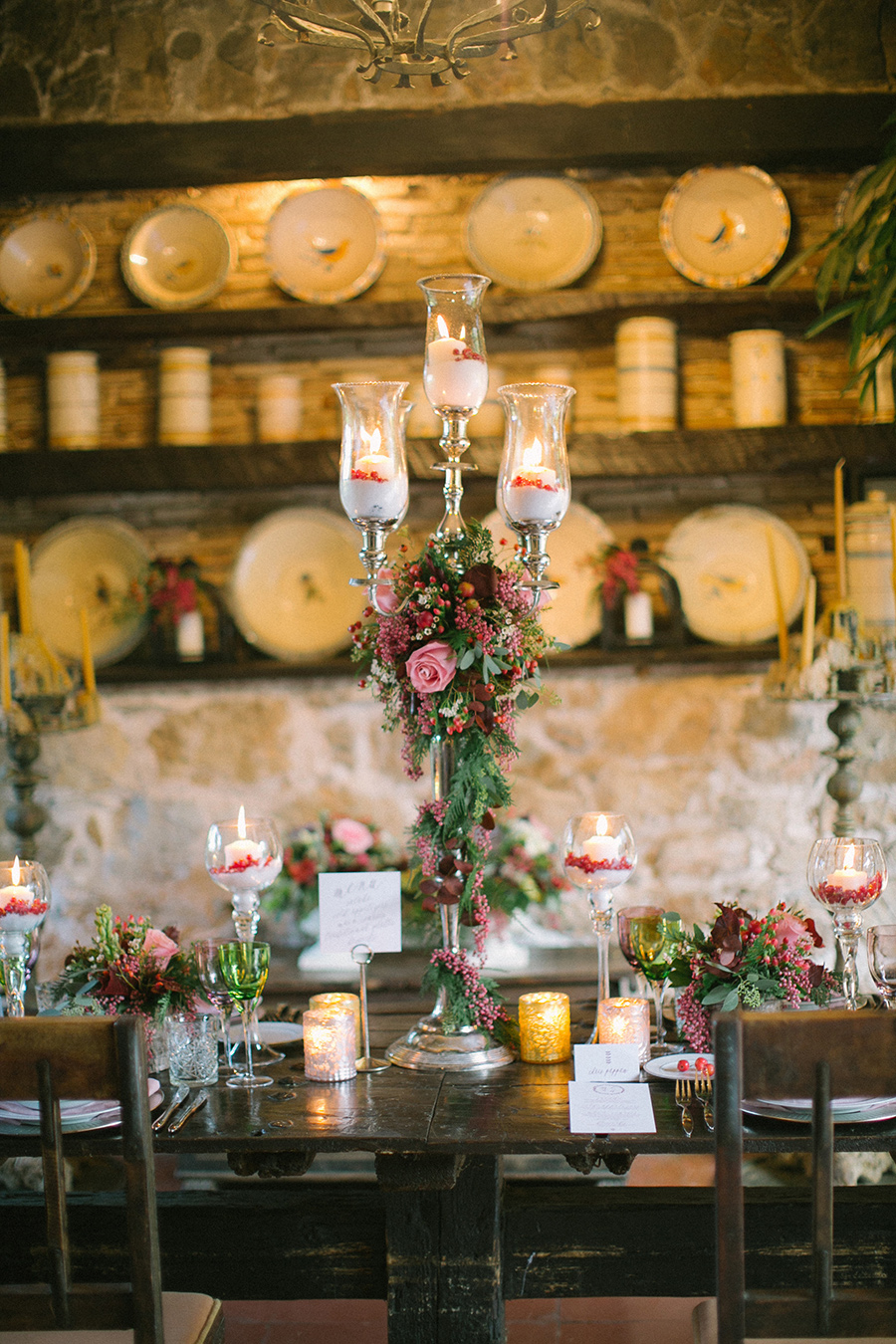 Boho Chic Inspired Wedding Reception / styled shoot coordinated by Love 4 Wed / photo by Anna Roussos Photography