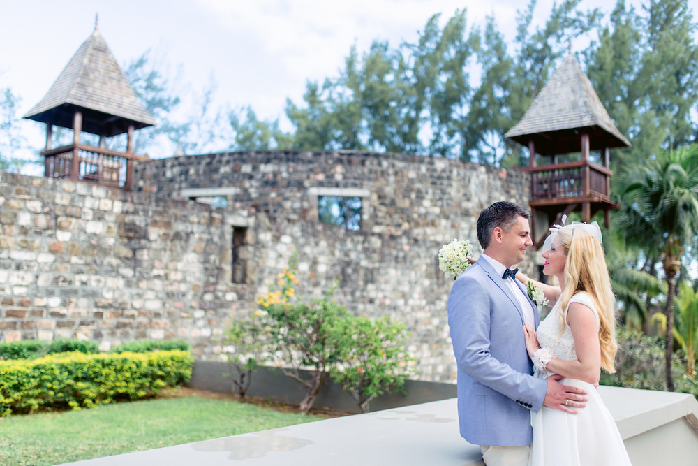 an Intimate Destination Wedding on a Tropical Island / photo by Agape Productions