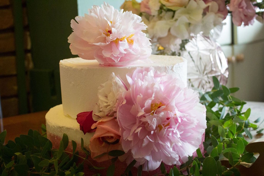 Pretty Buttercream Wedding Cake with Large Flowers / Hallmark Events and Wedding Styling