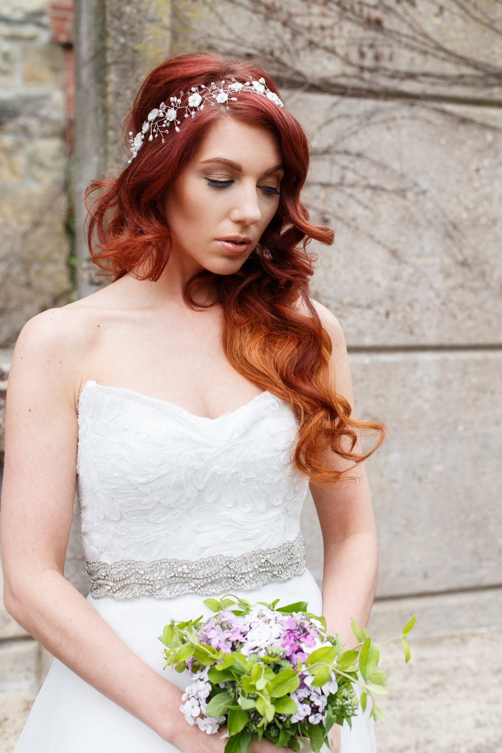 Dreamy Bridal Portrait Poses for Wedding Day Inspiration