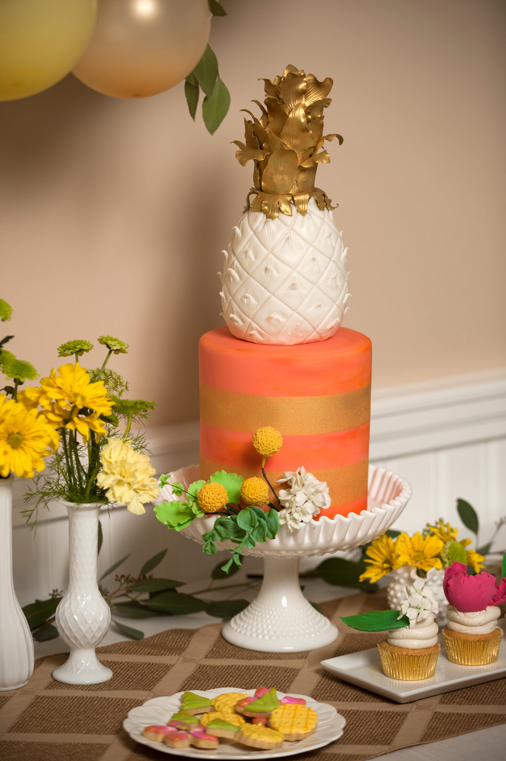 pineapple-bridal-shower-cake-topper-091316.jpg
