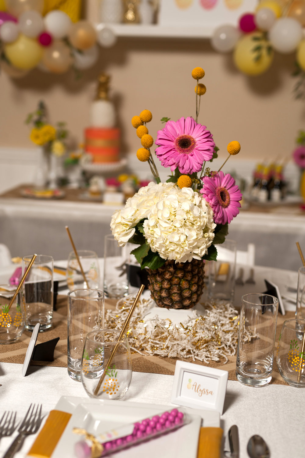 pineapple-bridal-shower-centerpiece-091316.jpg
