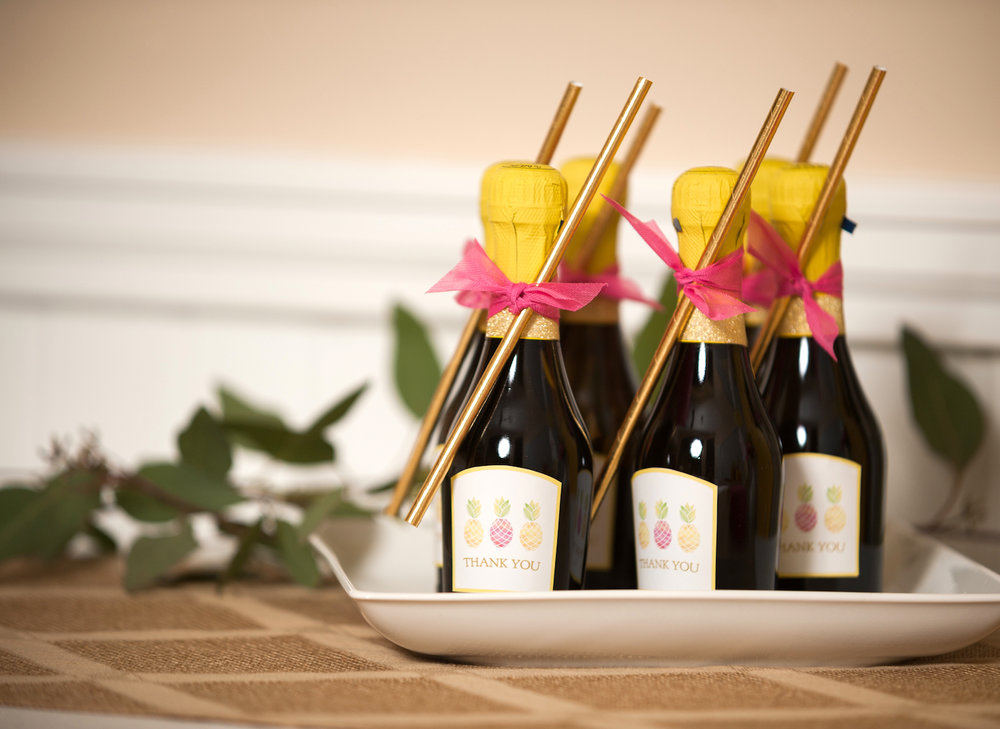 pineapple-bridal-shower-drink-favors-group-091316.jpg