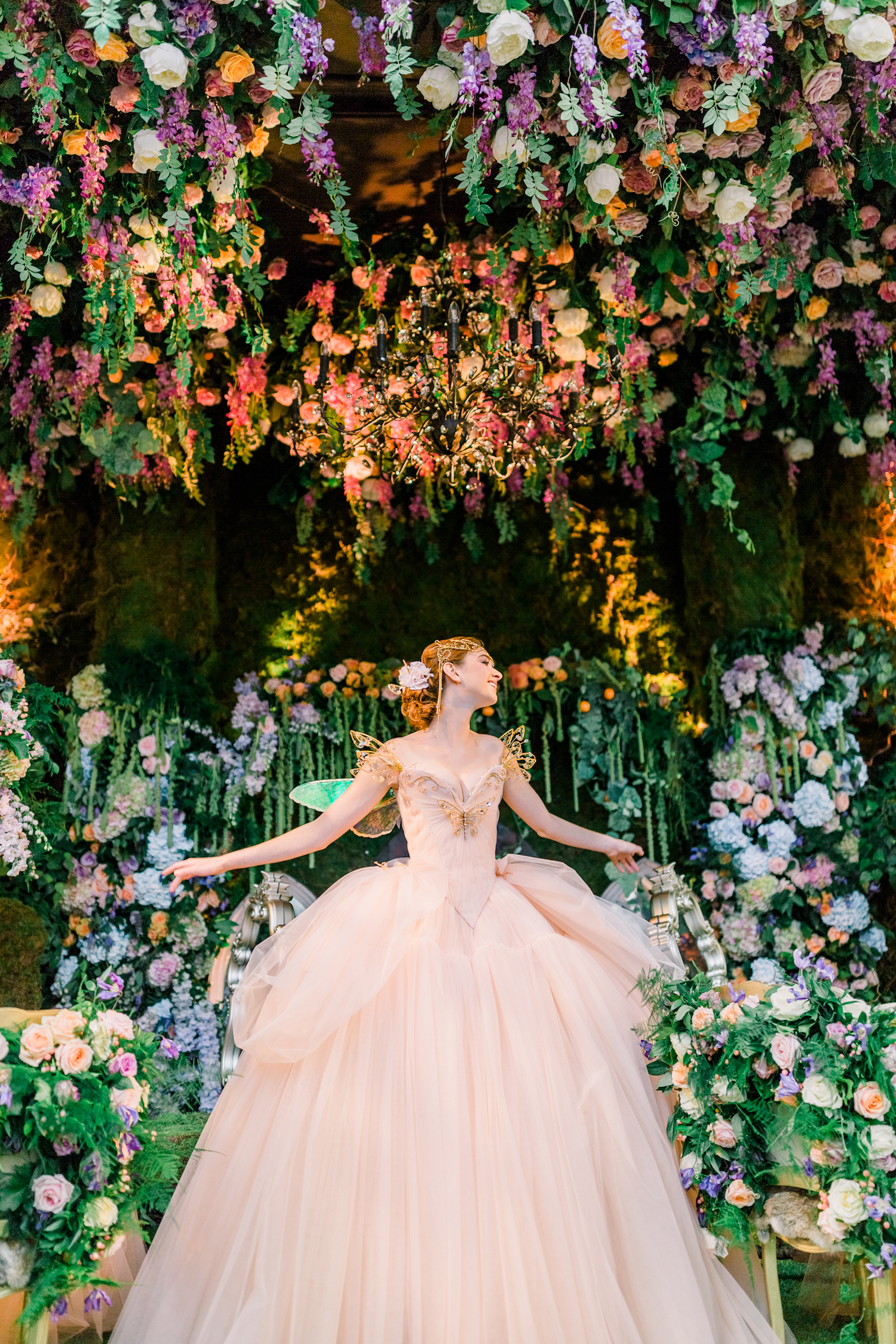 Enchanted Garden Wedding Theme Floral Inspiration With Amie Bone Flowers