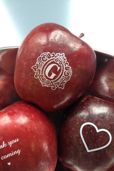 listing-fun-to-eat-fruit-wedding-favor-1.jpg
