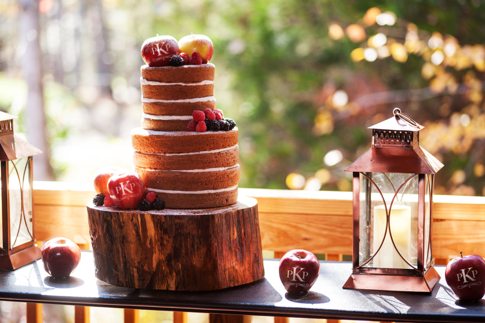 listing-fun-to-eat-fruit-wedding-favor-2.png