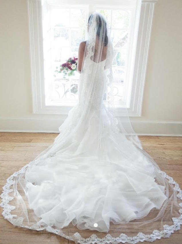 Stunning Full Length Handmade Lace Wedding Veil by Blanca Veils / as seen on www.BrendasWeddingBlog.com