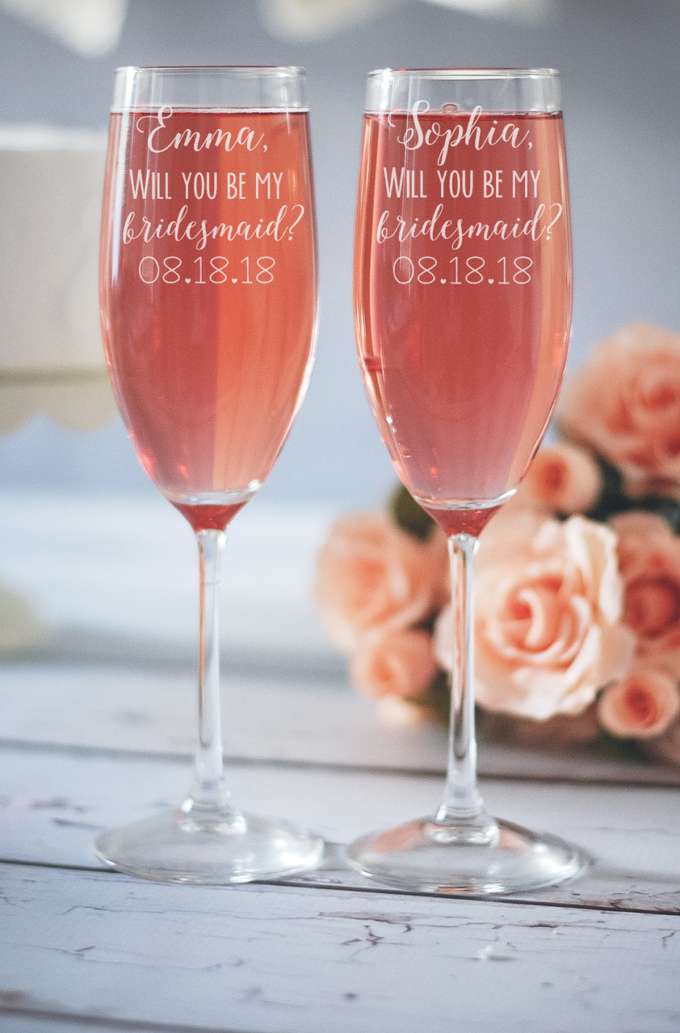 I've rounded up 15 Fantastic Wedding Toasting Glasses to Say Cheers in Style on www.BrendasWeddingBlog.com